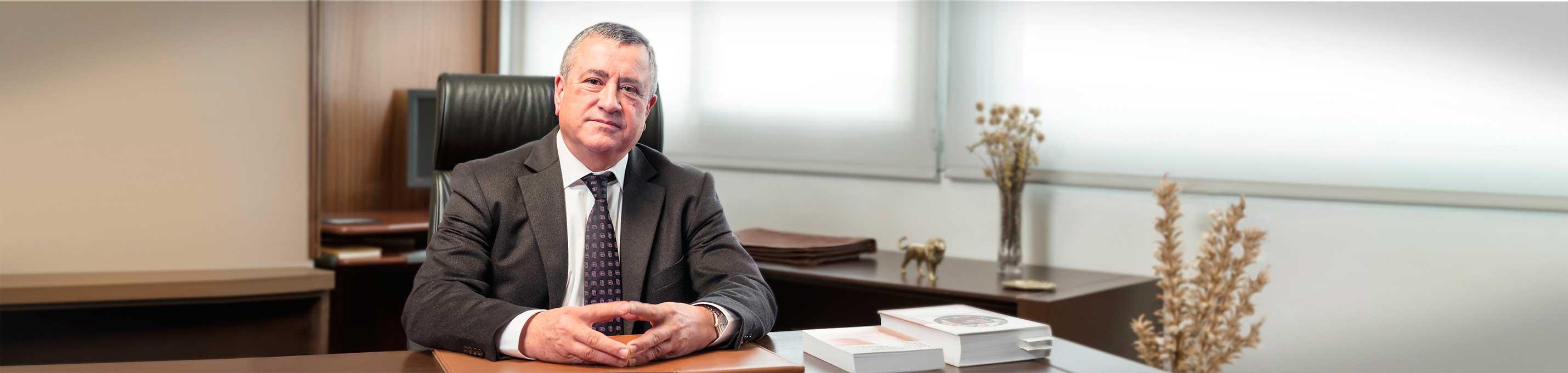 Antonio Vallés - Desktop - Vallés Economistes